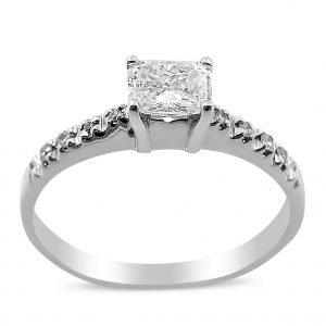טבעת אירוסין שרה